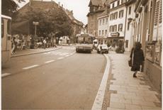Damals: Hauptstraße in Überlingen um 1977/78 BIRCOsir Sicherheitsrinne NW 100 mit Steg-Gussabdeckungen, Klasse F